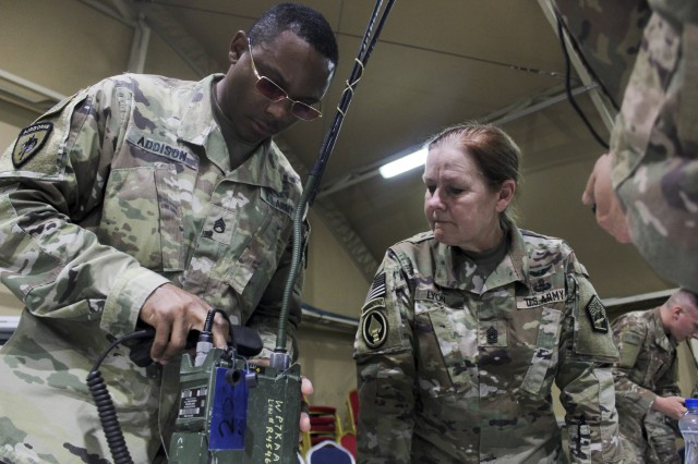 Best Cyber Warriors compete in front of ARCYBER Command Sgt. Maj. Sheryl Lyon