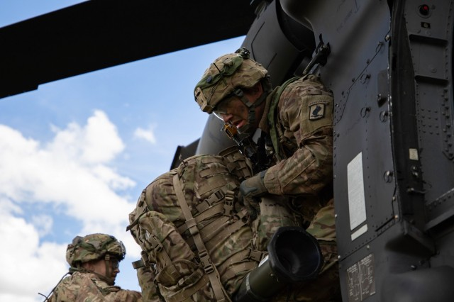Sky Soldiers from 1st Battalion, 503rd Parachute Infantry Regiment (PIR), 173rd Infantry Brigade Combat Team (Airborne), rehearse a cold-load air assault operation from a UH-60 Blackhawk helicopter during exercise Immediate Response 19 at Udbina Airbase, Croatia, May 17, 2019.