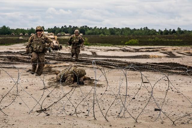 Combat Engineers Conduct Breach Training