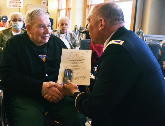 New York National Guard leaders honor World War II veterans on D-Day