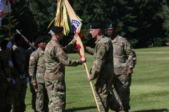 593rd ESC welcomes new commander