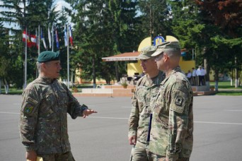 2CR and Romania foster partnership during SG19 static display