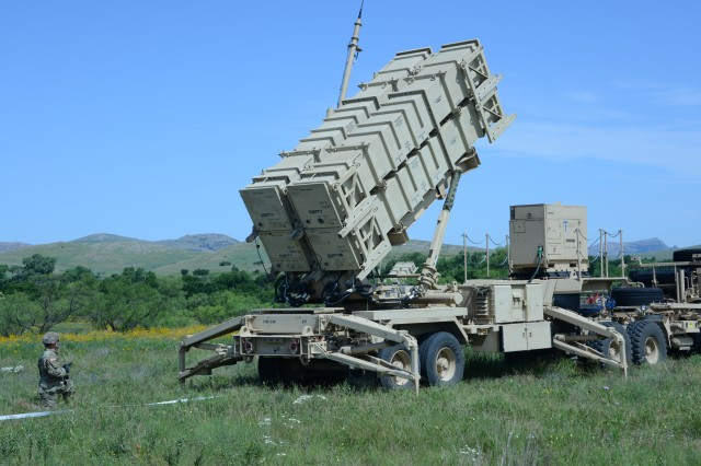 Soldiers with Bravo Battery, 3rd Battalion, 2nd Air Defense Artillery Regiment, 31st ADA Brigade, set up a Patriot missile launcher at a new field location under a Table VII assessment at Fort Sill, Okla., June 18, 2019.