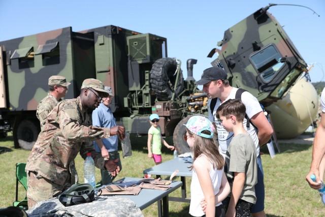 U.S. and Slovenian militaries celebrate community day