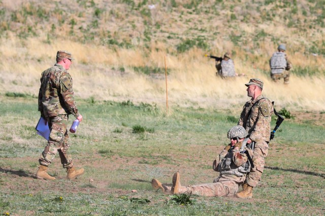 Staff Sgt. Jake Fredette, a combat medic with 2nd Battalion, 77th Field Artillery Regiment, 2nd Infantry Brigade Combat Team, 4th Infantry Division, drags a simulated casualty April 25, 2019, during the Fort Carson and 4th Inf. Div. Best Warrior Competition. (Photo by Staff Sgt. Neysa Canfield)