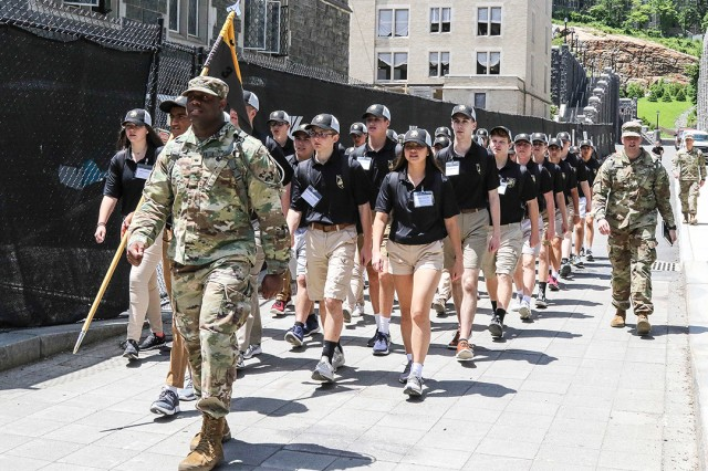 Approximately 1,000 students from high schools across the United States Participated in Summer Leader Experience in two separate one-week sessions (500 students per session) from June 1-14 at West Point. SLE gives high school juniors a week to experience life as a cadet to enhance their college selection decision. SLE is a fast-paced program of academic classes, military training, physical fitness training and intramural athletics conducted each year in June. A group of SLE participants march to their next mission.