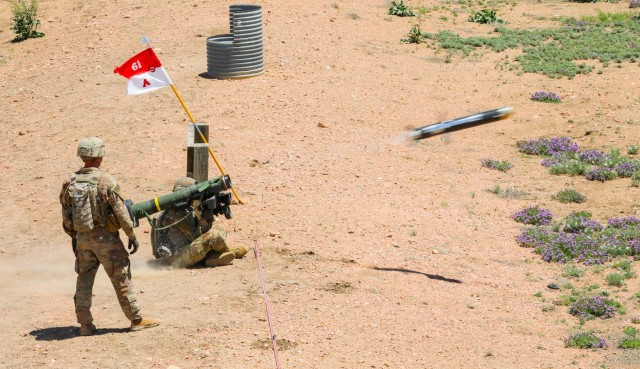 Cavalry Soldiers conduct javelin training