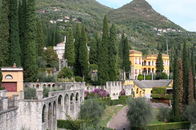 The Vittoriale Ampitheater, located on Lake Garda, is a place where one can enter in the atmosphere of history, culture and music at the same time.