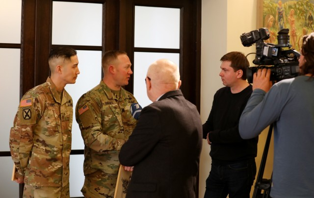 U.S. Soldiers utilize medical training to save Latvian man