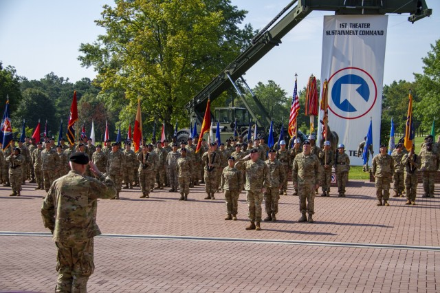 Maj. Gen. John P. Sullivan, commanding general, 1st Theater Sustainment Command (TSC), assumes command of 1st TSC during a change of command ceremony held July 2, 2019 outside Fowler Hall at Fort Knox, Ky. (U.S. Army photo by Spc. Zoran Raduka)