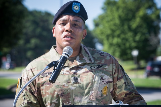 Blanchfield welcomes new command sergeant major