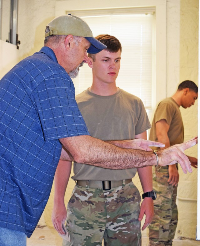 Soldiers learn to take care of barracks