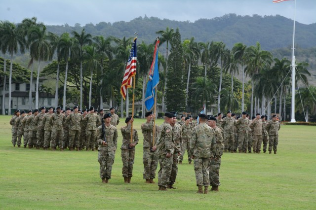 205th Military Intelligence Battalion welcomes new commander