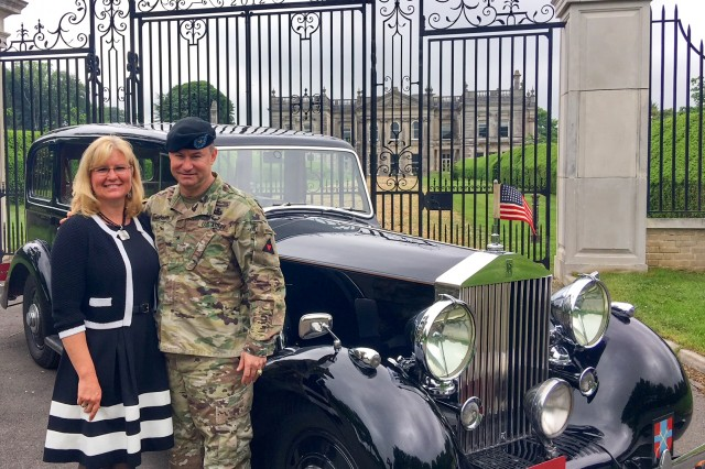 Then-Brig. Gen. Doug Crissman and his wife Carolyn say farewell to the 3rd UK Division, where he relinquished his responsibilities as the deputy commanding general. Crissman held his position with the 3rd Uk from 2016 to 2018. Maj. Gen. Crissman currently serves as the director of the Mission Command Center of Excellence in Fort Leavenworth, Kan.