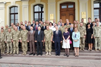 Marshall Center Hosts Command and Control Seminar in Kyiv