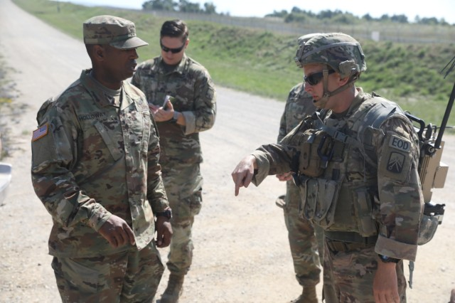 TF EOD trains future leaders | Article | The United States Army