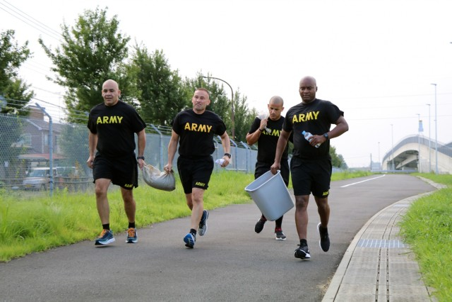 Senior leaders build camaraderie during Amazing Race