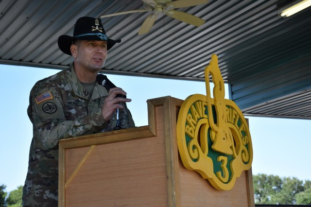 Command Sgt. Maj. Kim Mendez addresses the formation of Brave Rifles Troopers during the 3rd Cavalry Regiment's change of responsibility ceremony at Cameron Field Aug. 12. (U.S. Army photo by Capt. Jo Nederhoed)