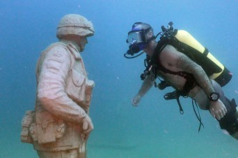 Army veterans find healing in new underwater memorial