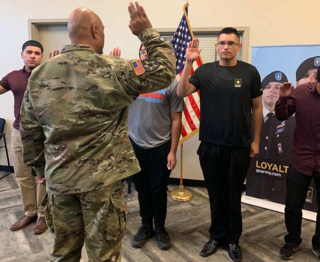 Las Vegas teen loses over 100 pounds to join Army