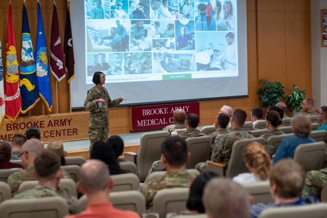 Brooke Army Medical Center Commanding General Brig. Gen. Wendy Harter responds to a question during her first all-hands town hall Aug. 14, 2019.