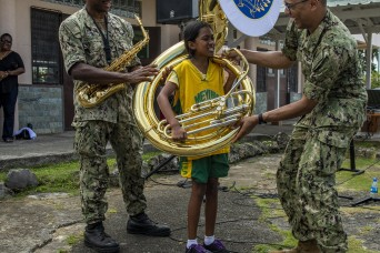Radcliff sailor performs for children in Republic of Palau