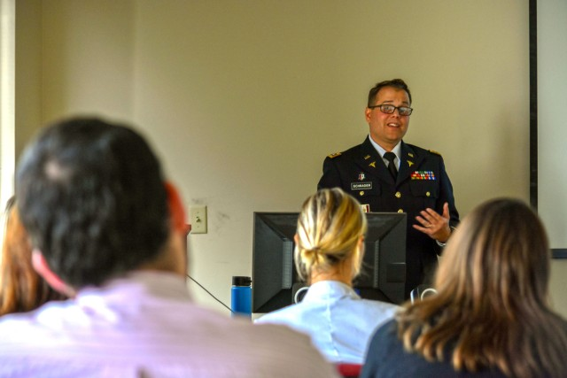 5th MRB hosts PTSD lecture in New Orleans for physician residents