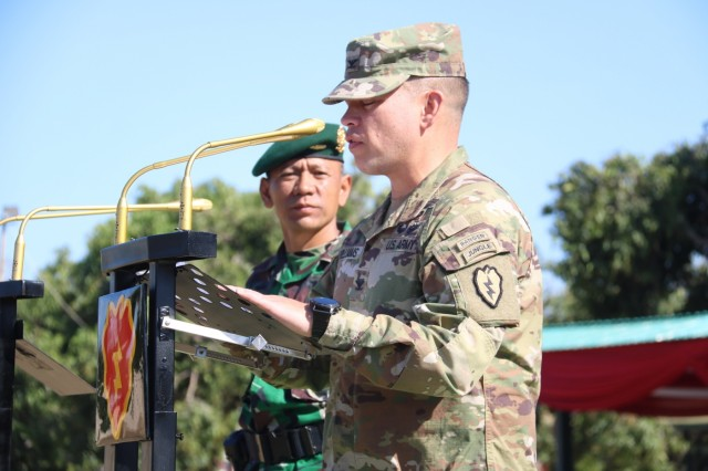 Col. Kevin Williams, commander of the 2nd Infantry Brigade Combat Team , 25th Infantry Division, and Col. Andreas Nanag, commander of the Tentara Nasional Indonesian AD 9th Brigade, give their closing remarks to a formation of U.S. and Indonesian forces during the 2019 Garuda Shield closing ceremony Aug. 30, 2019, at Dodiklatpur Army Base, Indonesia. Garuda Shield is an annual, bilateral military partnership sponsored by the U.S. Army Pacific and hosted annually by Tentara Nasional Indonesia. (TNI-AD photo by 2nd Private Wahydi, 9th Brigade) Garuda Shield 2019;