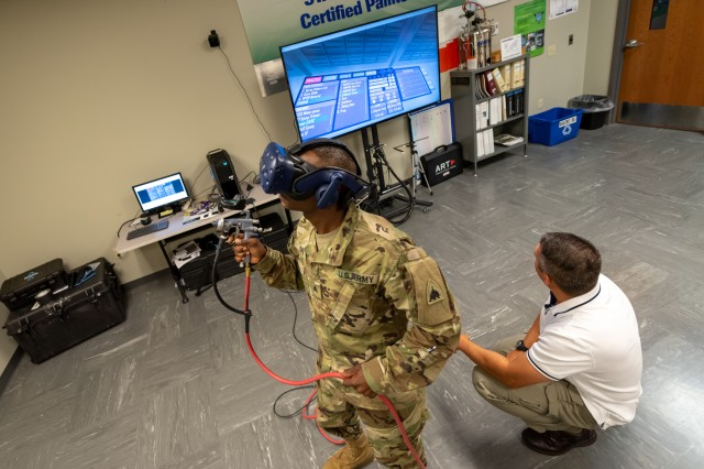 Service members test out the STAR4D system during a recent visit to Tobyhanna.