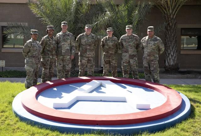 Senior Leaders Visit Camp Arifjan