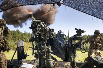 Chaos Soldiers shake the ground with howitzers