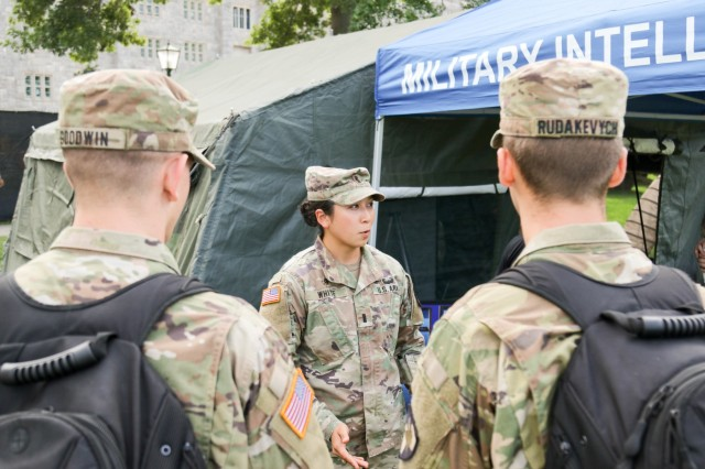 1st Lt. Kristi White talks to cadets about the military intelligence branch during Branch Week at the U.S. Military Academy Sept. 16, 2019. (U.S. Army photo by Brandon O'Connor)