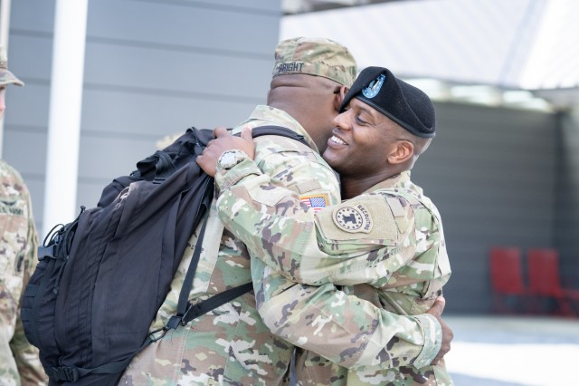 1st Sgt. Leon Bright, senior enlisted advisor, left, San Antonio Medical Recruiting Company, wishes Capt. Ryan Sanders, right outgoing commander, Houston Medical Recruiting Company, farewell during the Houston MRS change of command ceremony at Hermann Park Conservancy, Sept. 5.