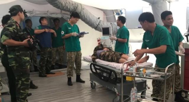 America's medics take experience to Vietnam
