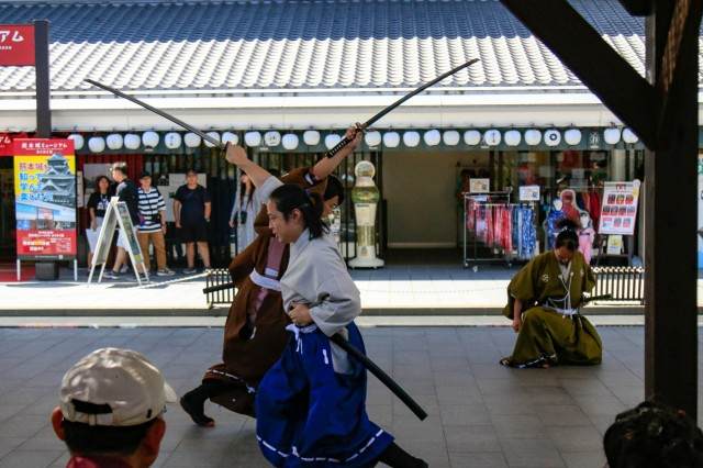 Actors at Kumamoto Castle perform the Samurai and the Princess as part of the Orient Shield 2019 Culture Day, Sept. 19, 2019, Kumamoto, Japan. The cultural day gave soldiers a chance to experience Kumamoto, Japan while increasing their friendship and mutual trust of their Japanese counterparts. OS 19 is a premier U.S. Army and Japan Ground Self-Defense Force bilateral field training exercise that is meant to increase interoperability by testing and refining multi-domain and cross-domain concepts. (U.S. Army Photo by Pfc. Kaden D. Pitt, 20th Public Affairs Detachment)