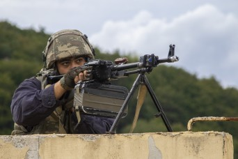Azerbaijan, U.S. Soldiers Work Together as the Opposing Force at Saber Junction