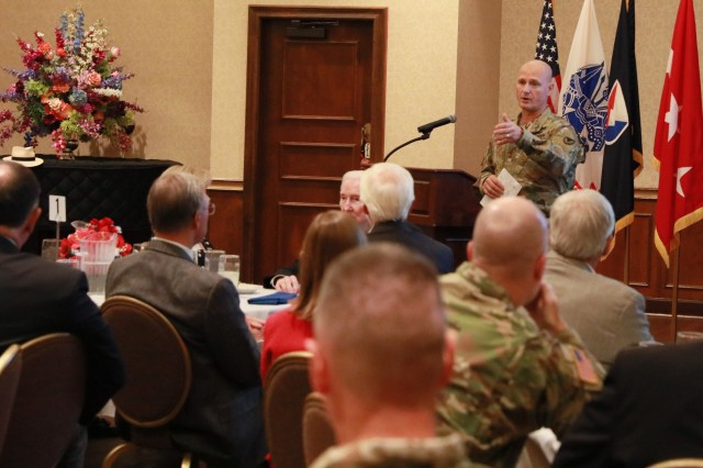 Lt. Gen. Ed Daly, senior commander of Redstone Arsenal, talks with members of the Redstone Community Relations Committee during their luncheon at The Summit at Redstone Arsenal, Ala., Sept. 27.