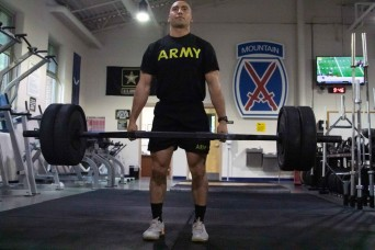 Meet the first enlisted Soldier to max out the ACFT