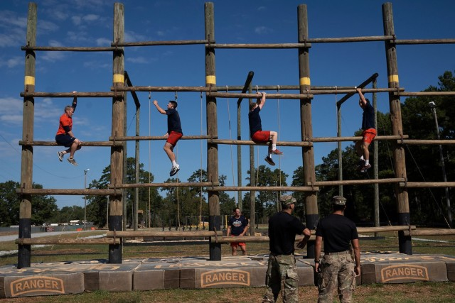Tough Army Ranger obstacle course takes local college ballplayers to muscle school