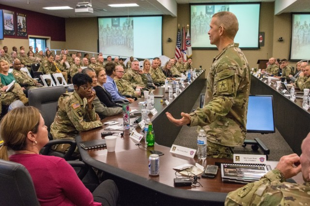 Sergeant Major of the Army speaks at USAREC ALTC