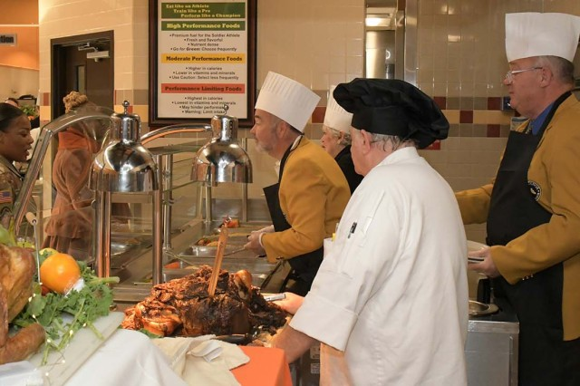 Soldiers, their immediate Family members and Department of Defense civilian employees as well as retirees and dependents are invited to eat a Thanksgiving meal at Cantigny Dining Facility between 11:15 a.m. and 2 p.m. Nov. 27, 2019.