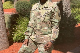 Soldier mom enjoys wearing the uniform