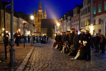 U.S. Army representatives commemorate the fallen at Volkstrauertag in Ansbach