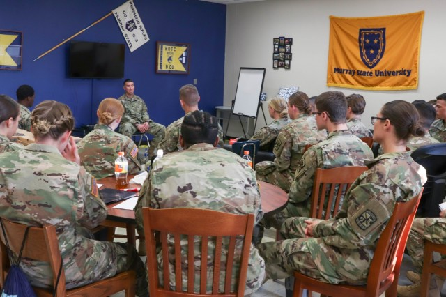 MURRAY STATE UNIVERSITY, Ky. - Lt. Col. Jesus Pena (front), support operations senior officer for the 101st Sustainment Brigade, 101st Airborne Division (Air Assault) talks with ROTC cadets of the Racer Detachment, Skyhawk Battalion about what it is like to be an active-duty officer within the U.S. Army in a classroom at Murray State University, Murray, Ky., Nov. 16. (U.S. Army photo by Staff Sgt. Caitlyn Byrne, 101st Sustainment Brigade Public Affairs)