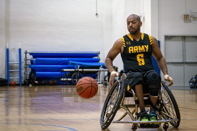 Retired Spc. Brent Garlic, USA point guard, scrimmages during practice Nov. 21, 2019, at Joint Base Andrews, Maryland. Garlic will represent the United States during the Invictus Games at The Hague,  Netherlands in May 2020.