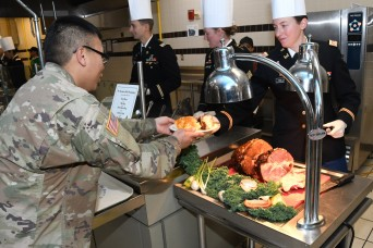 Fort Drum culinarians cook up Thanksgiving feast for thousands of Soldiers, family members