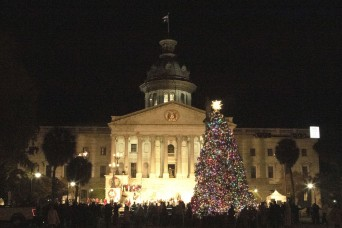 Jackson helps light up Columbia during  Governor's Carolighting