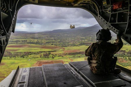 U.S. Army Chinook helicopters from 25th Aviation Regiment provide inter-island troop lift support to 2nd Infantry Brigade Combat Team Soldiers over the Hawaiian Islands, Nov. 16, 2019. (U.S. Army photo by Spc. Geoff Cooper)
