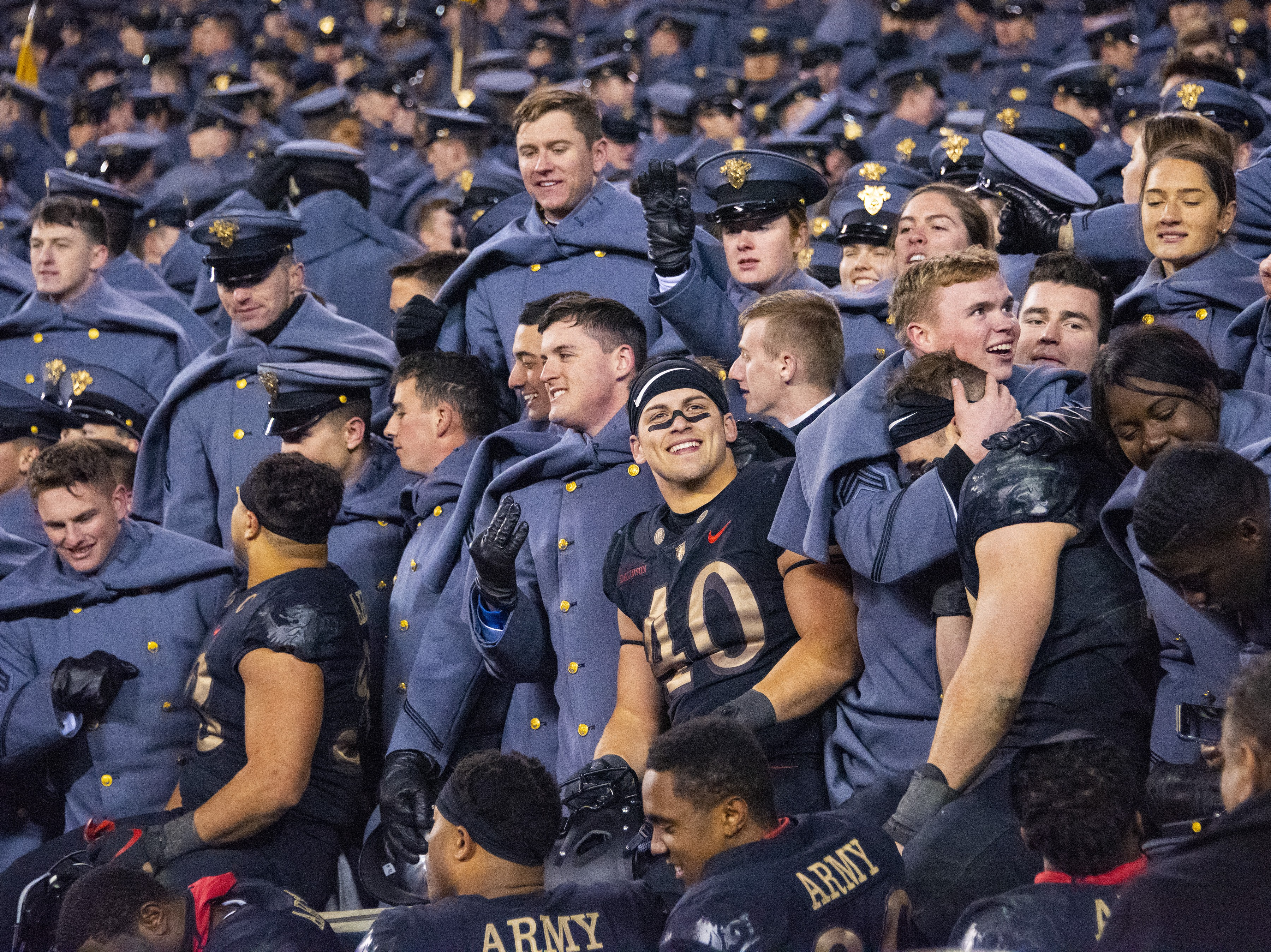 Army Seniors Hope To Complete Four Year Sweep Of Navy In
