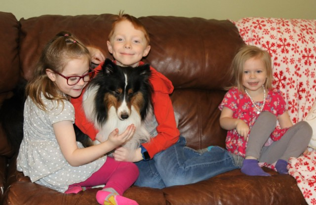 MacLee family at home